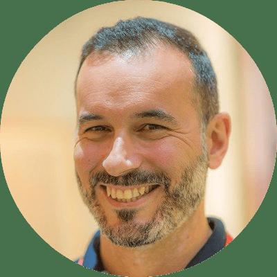 Ruben Montesinos sobre componentes de la imagen corporativa